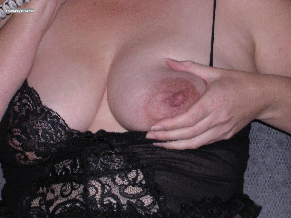 Tit Flash: Big Tits - Jena from United States
